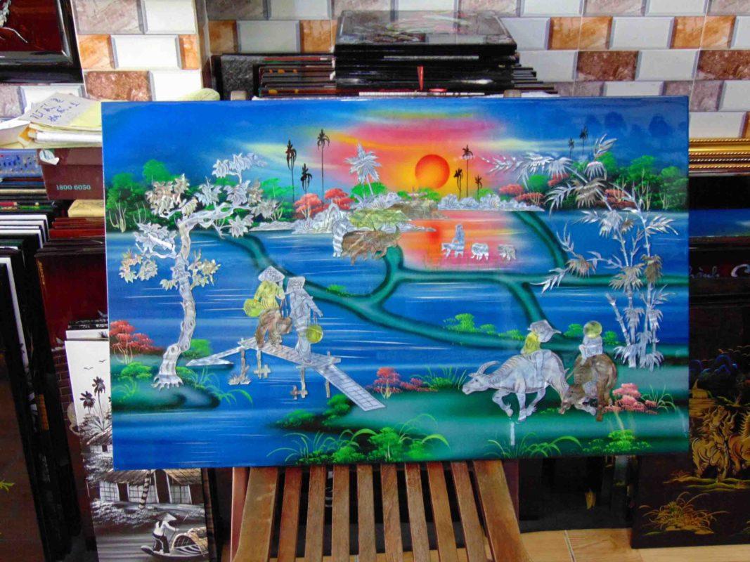 Tranh sơn mài phong cảnh làng quê - Nền xanh 01 - 60 x 80 cm - MALANAZ SHOPPING