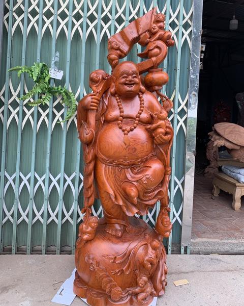 Đồ gỗ mỹ nghệ - Di lặc vác như ý cực khủng hương đá cao 1m7 TGDL05