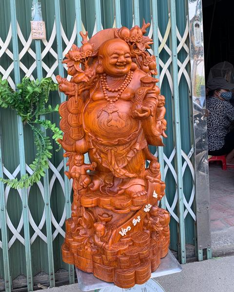 Tượng gỗ cao cấp - Di lặc gánh đào cao TGDL03B