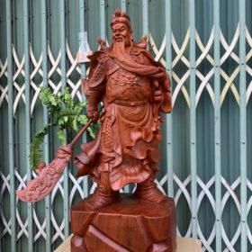 Tượng gỗ cao cấp - Quan công trấn ải xách đao cao 80cm gỗ hương đá - TGDL02A
