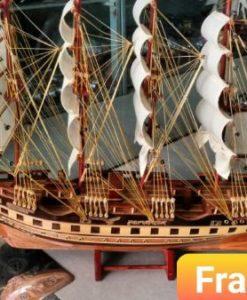 Thuyền buồm gỗ phong thủy - TH01