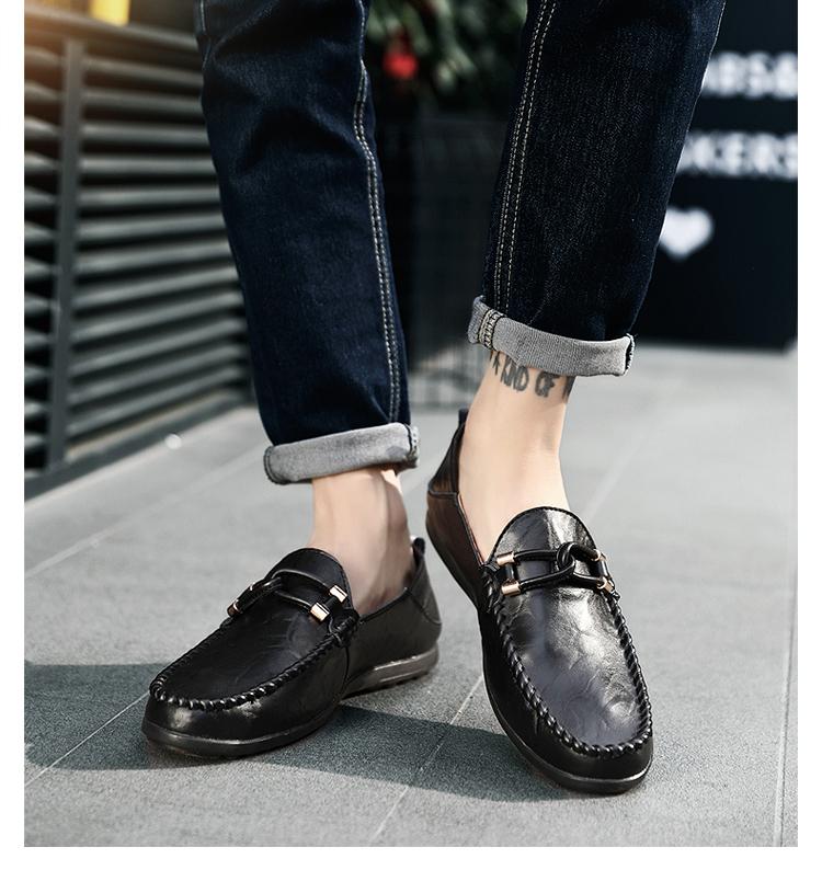 Mua giày công sở giao tận nơi và tham khảo thêm nhiều sản phẩm Giày tây khác. Miễn phí vận chuyển toàn quốc cho mọi đơn hàng Giày Dép Nam. Đổi trả dễ