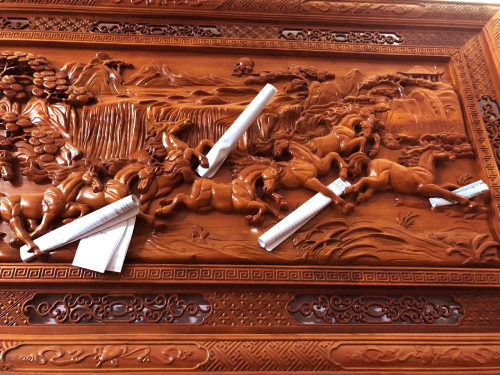 Muua tranh gỗ cao cấp - Mã đáo thành công (1)