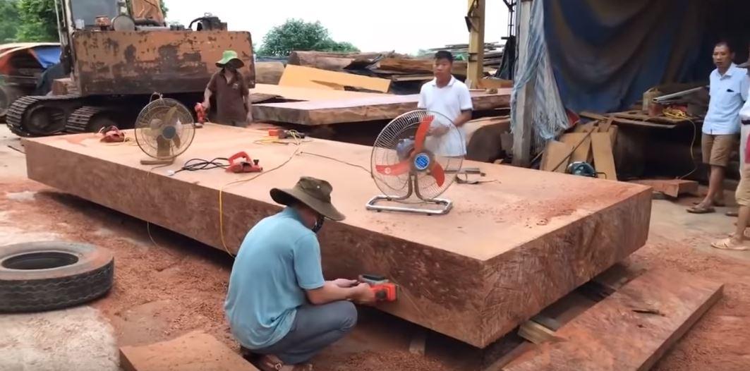 Giá sập gỗ hương Đồng Kỵ,