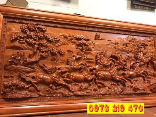 Tranh gỗ phong thủy được rất nhiều người yêu thích bởi nó không chỉ là vật trang trí giúp không gian của bạn trở nên sang trọng, quý phái và độc đáo mà còn là